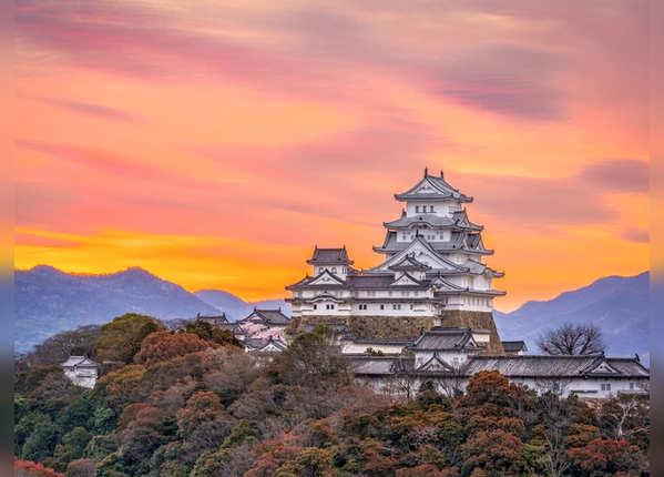 जापान: लैंड ऑफ द राइजिंग सन