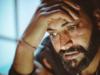 रोने के बाद क्यों होने लगता है भयंकर सिरदर्द, यहां जानें दोनों के बीच क्या है कनेक्शन