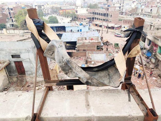 दिल्ली हिंसा में तबाही मचाने के लिए दंगाइयों ने इस्तेमाल किए थे ये 8 हथियार