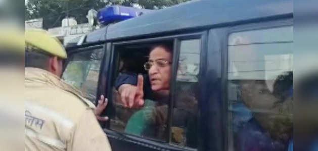 मेरे साथ आतंकवादियों जैसा व्यवहार कर रही यूपी सरकार, बोले आजम खान