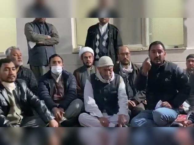 कोरोना वायरस प्रकोप: ईरान में फंसे भारतीयों ने विडियो जारी कर सरकार से लगाई गुहार