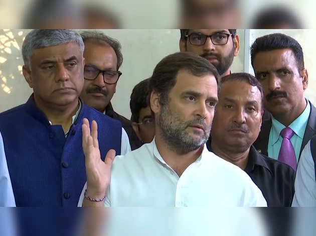 'दोस्त' सिंधिया के बीजेपी में जाने पर राहुल का बयान, बोले- जल्द ही गलती का अहसास होगा