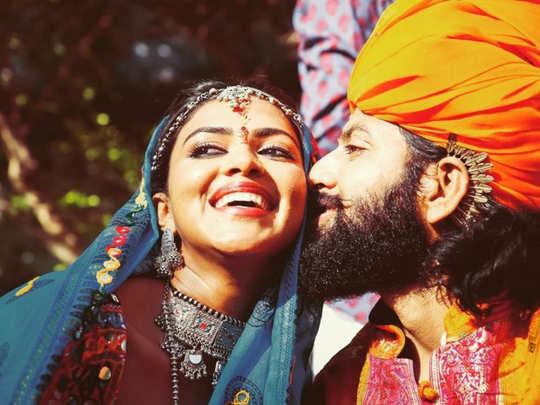 amala paul: அமலா பால், பவ்னிந்தர் சிங் வைரல் புகைப்படங்கள்: உண்மை இதோ -  amala paul second marriage with singer bhavninder singh pics goes viral |  Samayam Tamil