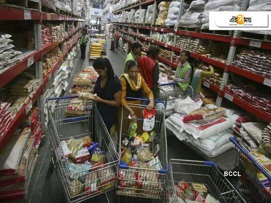 People trying to stock daily needs in apprehension, market price rises