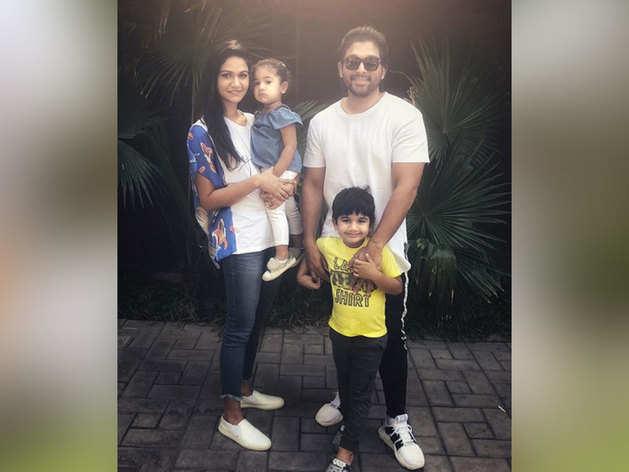 परिवार के साथ अल्लू अर्जुन