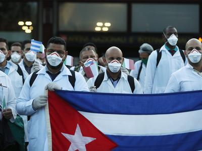 मिलान पहुंची क्यूबा की 53 डॉक्टरों की टीम