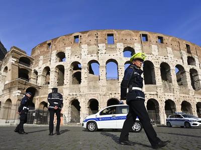 इटली में कोरोना का कहर जारी