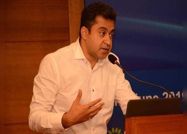 मेडिकल एजुकेशन सचिव डॉक्टर संजय मुखर्जी