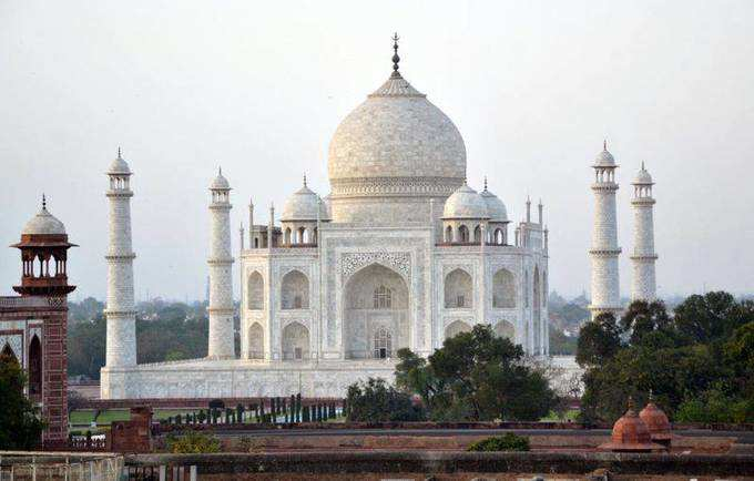 ലോക്ഡൗണ് കാലത്ത് വിജനമായ ഇന്ത്യയിലെ പ്രധാന കേന്ദ്രങ്ങൾ