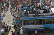 दिल्ली में कोरोना वायरस: आनंद विहार-कौशांबी खाली, वापस ...
