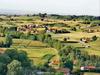 इटली: साफ हवा और 'जादुई पानी' वाले इस गांव में घुस नहीं पाया कोरोना