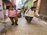 वाराणसी में कोरोना को हराने के लिए मुस्लिम भाई निभा रहे इंसानियत का धर्म