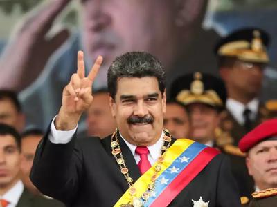 अमेरिका से जंग की तैयारी में जुटे वेनेजुएला के राष्ट्रपति