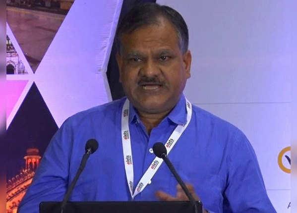 मनोज कुमार सिंह: प्रमुख सचिव, पंचायतीराज