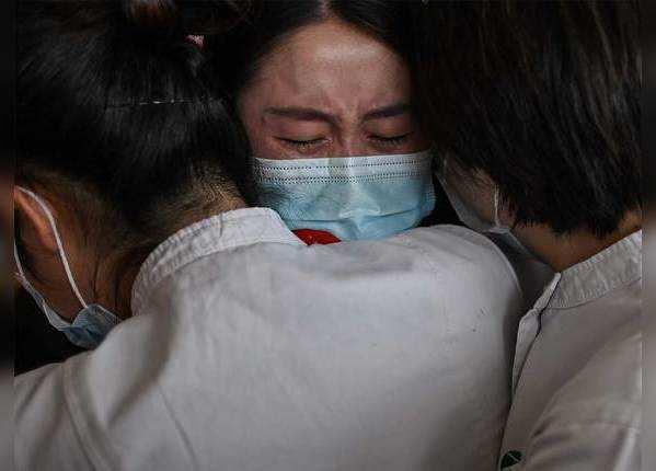 चीन: दो महीने के बाद अचानक उबाल