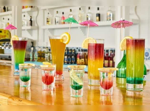 Kidney Disease & Women: ज्यादा Cold Drink पीने से डैमेज हो सकती है किडनी, महिलाओं के लिए है जहर समान