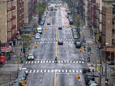 खाली पड़ी न्यूयॉर्क की सड़क