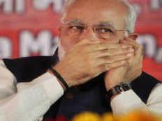 PM मोदी ने जाना काशी का हाल, कहा- मास्क नहीं तो गमछा बांधें, अपने यहां तो यही चलता है