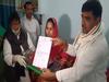 गोरखपुर: मॉस्क बनाकर बांटने वाली दिव्यांग खुशनूद को प्रियंका गांधी ने किया सैल्यूट