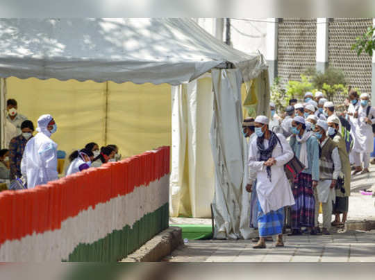 New Delhi: People who attended Tabligh-e-Jamaat congregation in Nizamuddin West ...
