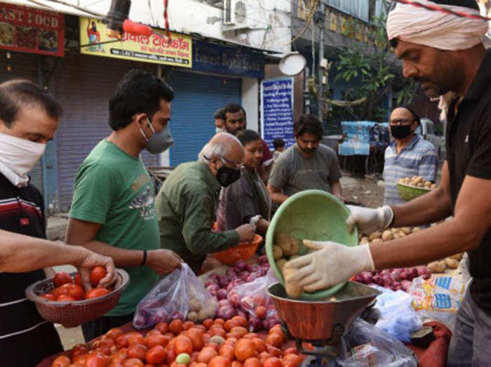 दिल्ली में सब्जियों की कमी नहीं, सप्लाई भरपूर