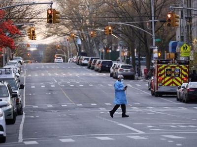 न्यूयॉर्क में कम हो रही है मरने वालों की तादाद