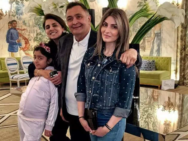 Rishi Kapoor hospitalized, daughter seeks permission to meet ...