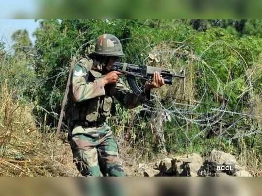 Jammu and Kashmir: Pakistan again violates ceasefire on LoC in Baramulla