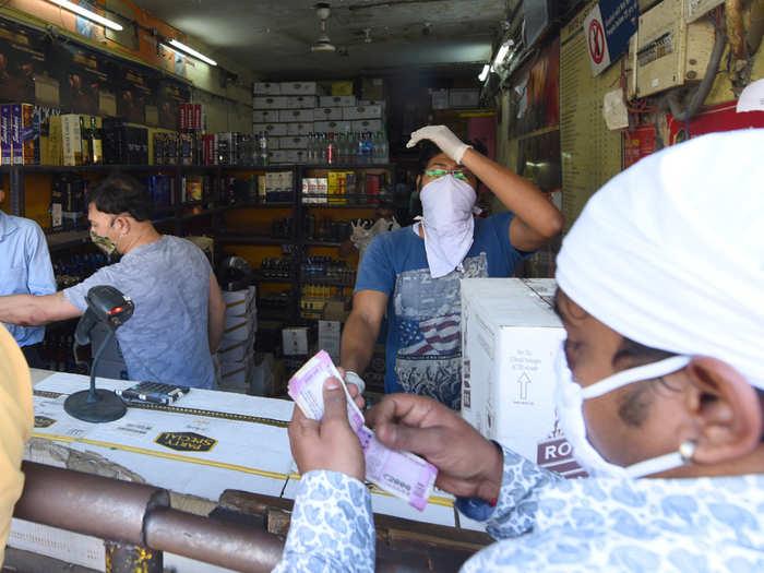 delhi-wine-shops