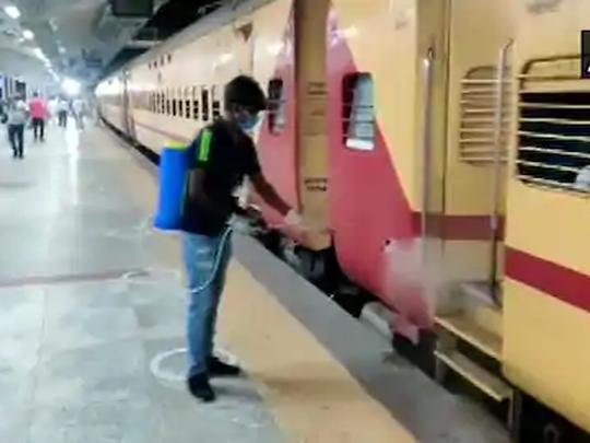 बलिया पहुंची श्रमिक स्पेशल ट्रेन