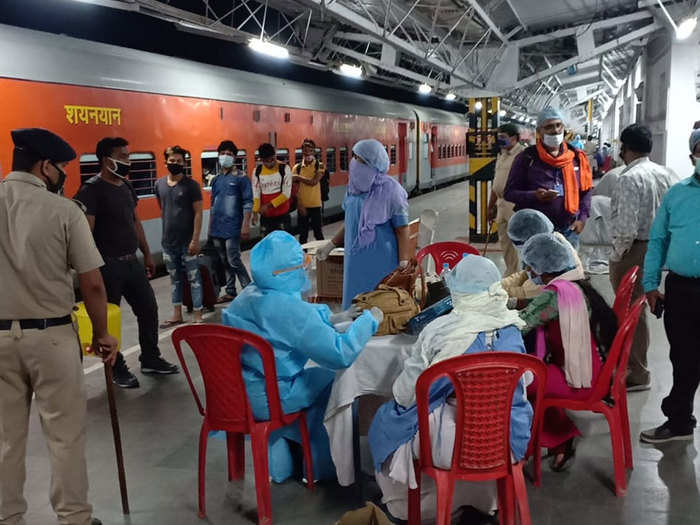 migrants workers who returned bihar by special train tells what procedures went back home