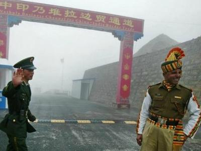 भारत और चीन के सैनिकों में हिंसक झड़प