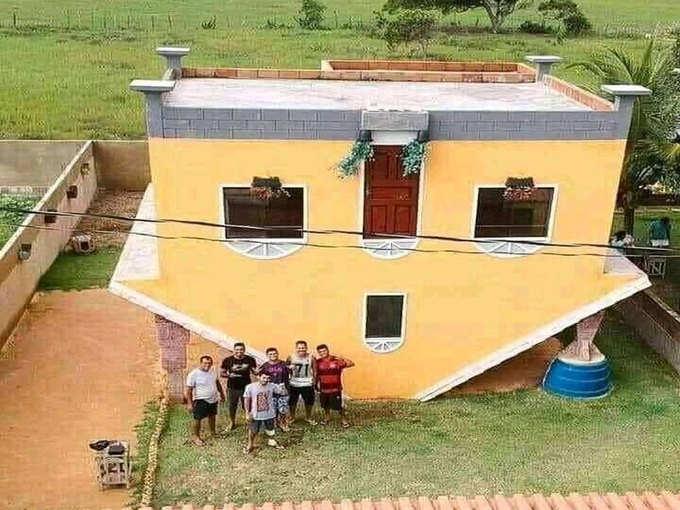 यूट्यूब देखकर मकान बनाने वाले