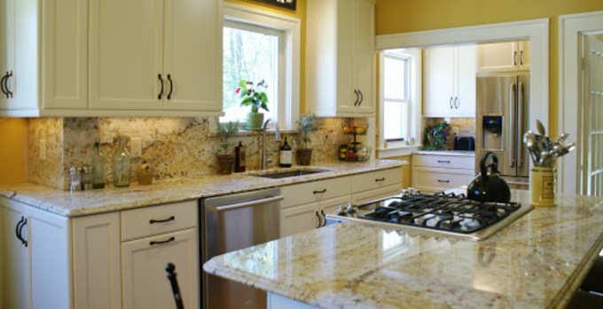 लॉकडाऊनः किचनमधील हे वास्तुदोष करा दूर; घरगुती सोपे उपाय