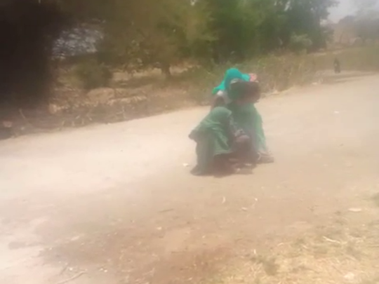 daughter in law brutally beat up her mother in law in jhabua madhya pradesh, video goes viral