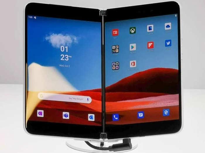 Microsoft Surface Duo फोल्डेबल फोन के स्पेसिफिकेशन्स लीक, जानें क्या है खास