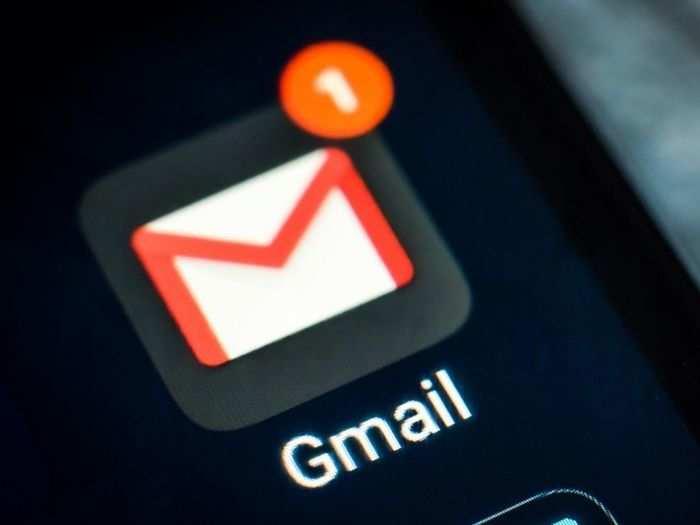 Gmail में ईमेल्स को कैसे करें ब्लॉक