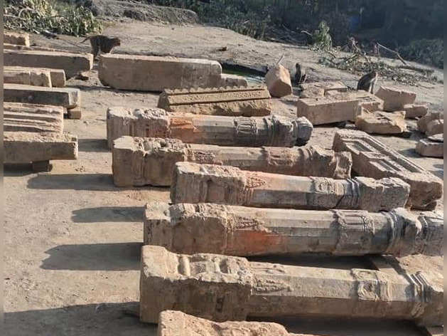 अयोध्या : खुदाई में मिले खंभे, कभी भव्य और ऊंचा राम मंदिर था यहां, और खोदा गया तो...
