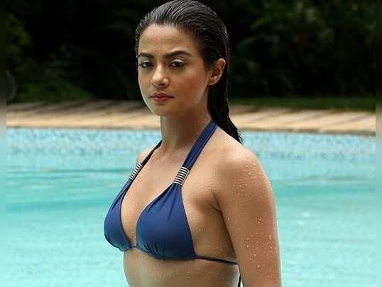సుర్వీన్ చావ్లా (surveen chawla)