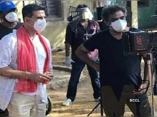 Akshay Kumar Resumes Outdoor Shooting For Public Service Film Amid Coronavirus Lockdown With Mask