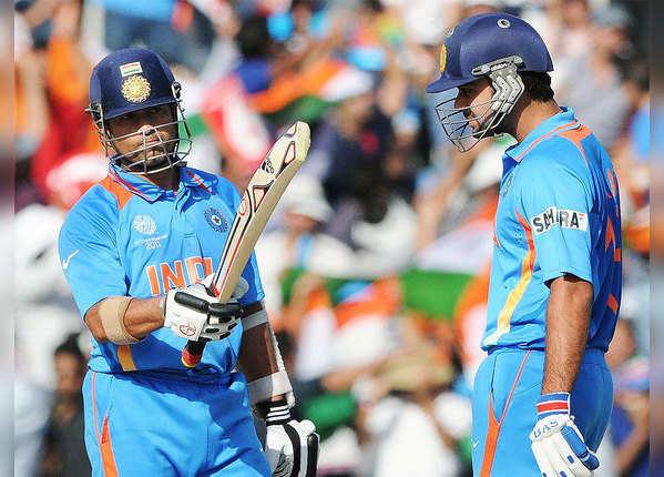 वनडे में सबसे तेज 12 हजार रन
