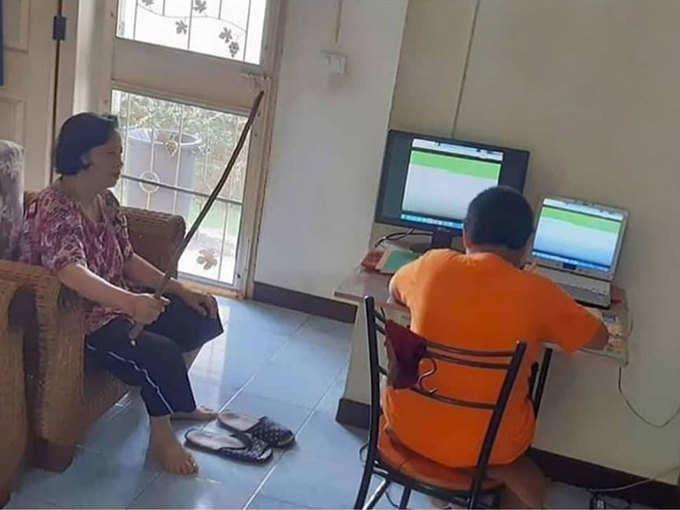 ऑनलाइन क्लास का बिहाइंड द सीन