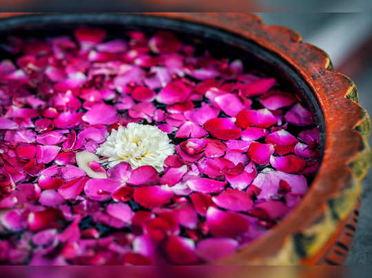 rose water face packs for acne and face glow