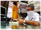 हैदराबाद के कपड़ा व्यापारी लॉकडाउन के बाद व्यापार पर पड़ने वाले असर को लेकर चिंतित