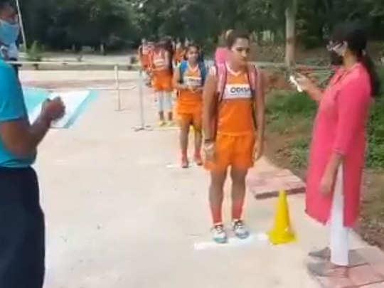 Hockey-India-Practice