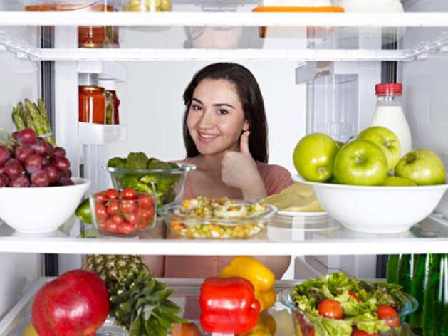 Foods Not To Store In Fridge: कितनी भी गर्मी हो, फ्रिज में नहीं रखने चाहिए ये फल और सब्जियां