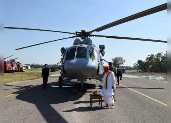 रूस का Mi 17 V5 हेलिकॉप्टर
