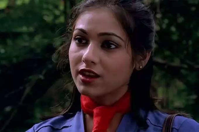 அணில் அம்பானி - நடிகை டினா முனிம் காதல் கதை