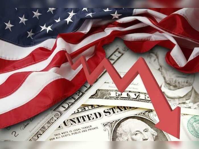 अमेरिकी अर्थव्यवस्थेची६.५ टक्क्यांपर्यंत घसरण?