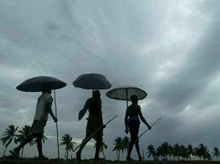 monsoon: दक्षिण पश्चिम मॉनसून ने ओडिशा में दस्तक दी, राज्य के कई हिस्सों  में बारिश - monsoon reached odisha rain fall in many areas   Navbharat Times